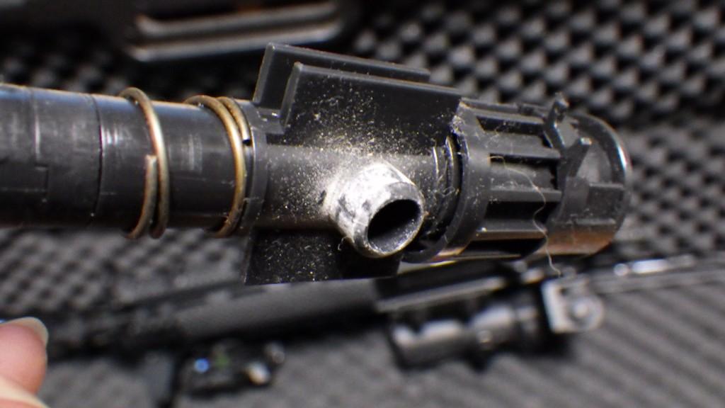HK416D チャンバーの汚れ